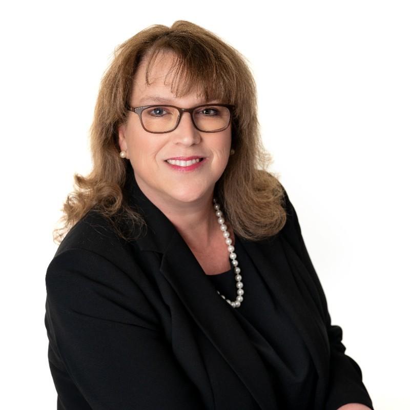 Headshot of Lisa Bichsel